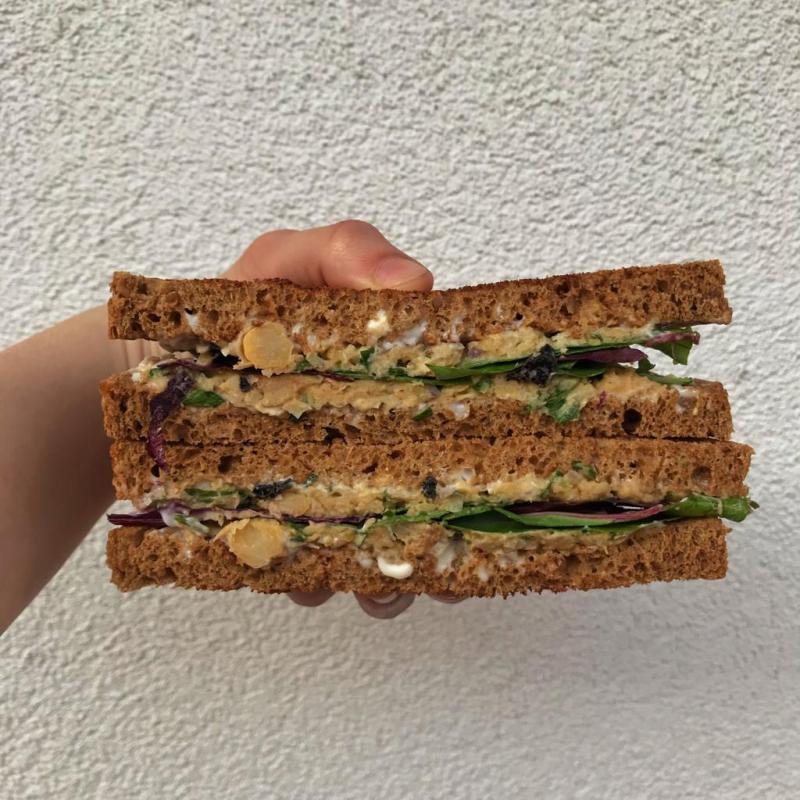 sanwich vegano ricetta